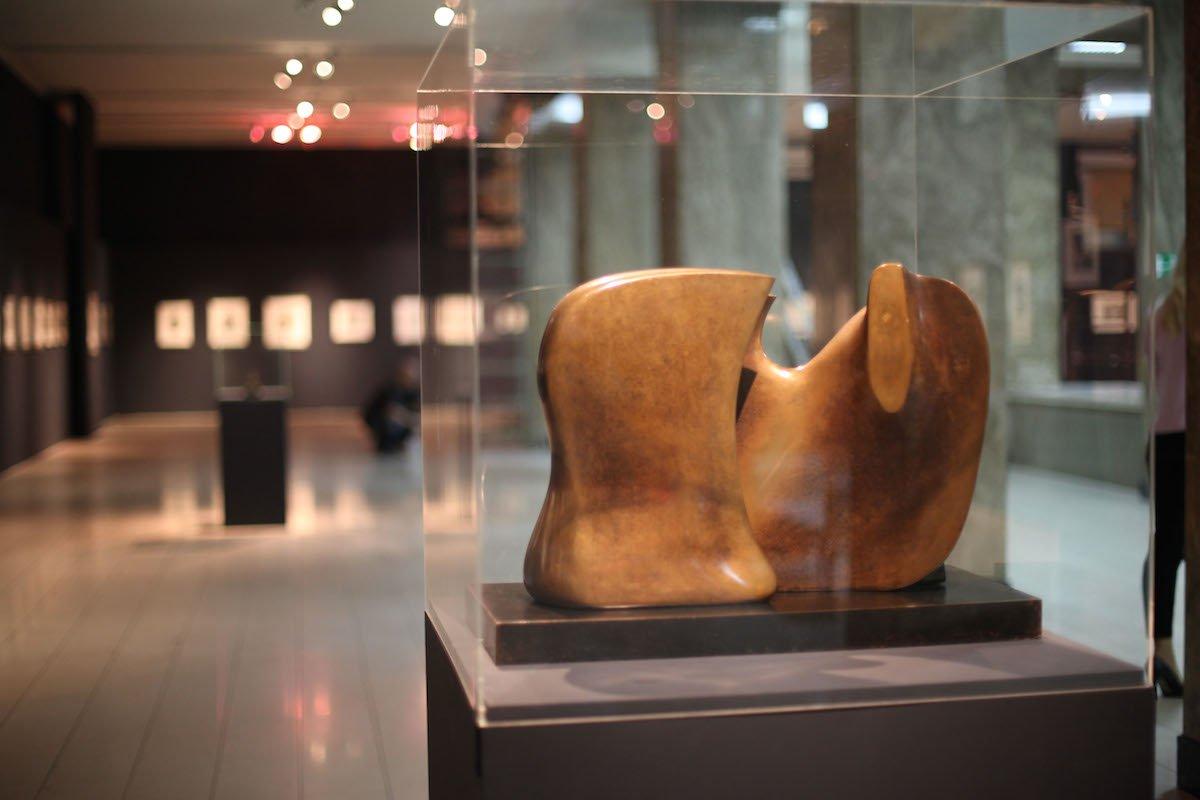 Skulptura - Henri Mur